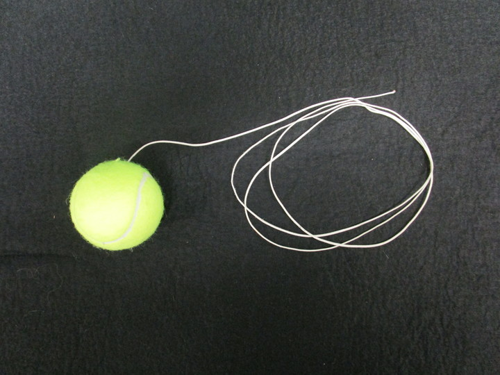 1d5010_ball_on_string